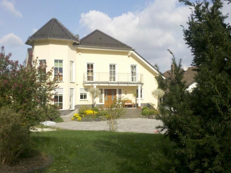 Thumbnail for Hochwertiges Einfamilienhaus in Dutenhofen